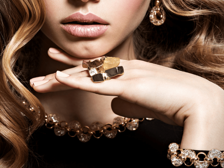 10 Ways to Wear Your Fashion and Jewelry Watches
