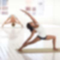 yoga-2959226.jpg