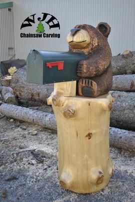 Sitting mailbox bear