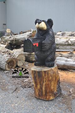 stnading mailbox bear