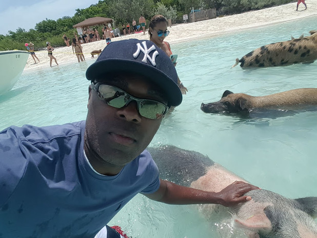 Exuma Excursion swimming with the pigs.j
