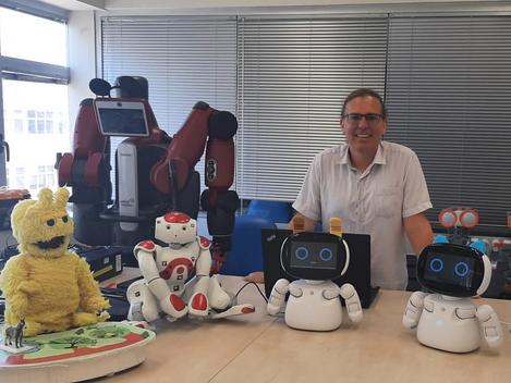 "A new Blog by Dr. Goren Gordon: ""Social robots for 21st century skills: the new EdTech frontier?"""