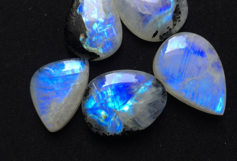 Rainbow Moonstone Cabochon 5 Piece Size: 32-26 MM Approx