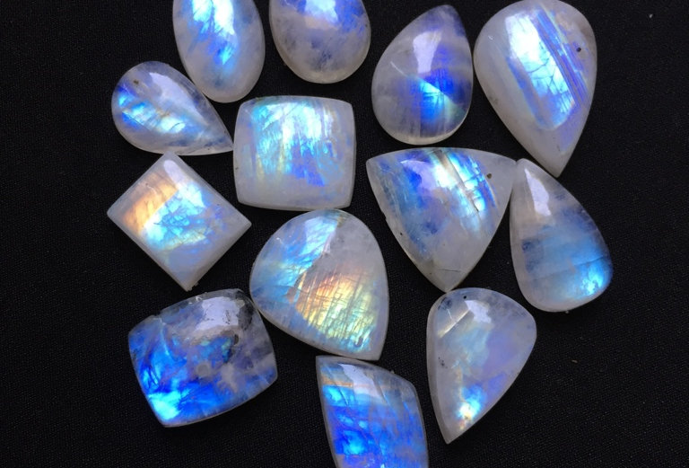 Rainbow Moonstone Cabochon 13 Pieces Size: 27-15 MM Approx