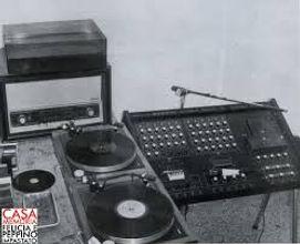 radio aut.jpg