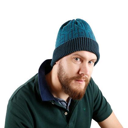 czapka w zielone łamane linie