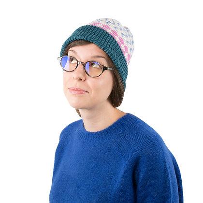 czapka w błękitne fale