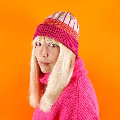 czapka w różową kratkę