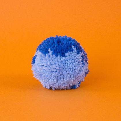 pompon niebieski z jasnoniebieskim