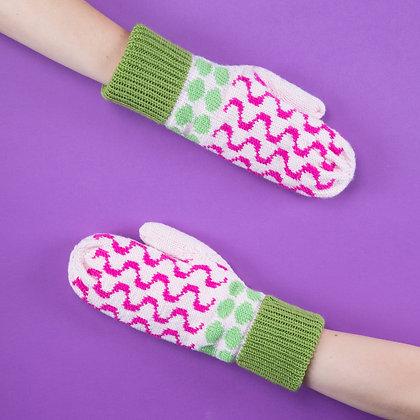 rękawiczki w różowe fale