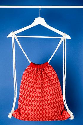 plecak czerwony w różowe fale