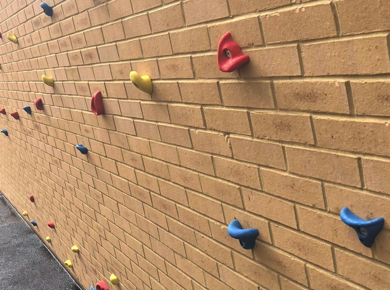 P479 Copley F5 Climbing Wall