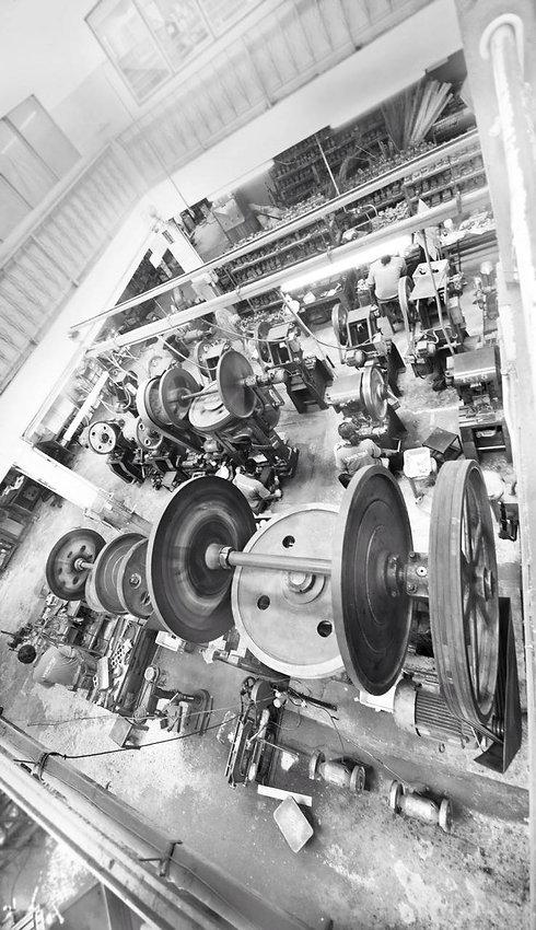 โรงงานผลิตอะไหล่กระเป๋า