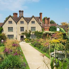 Sunny Packwood House