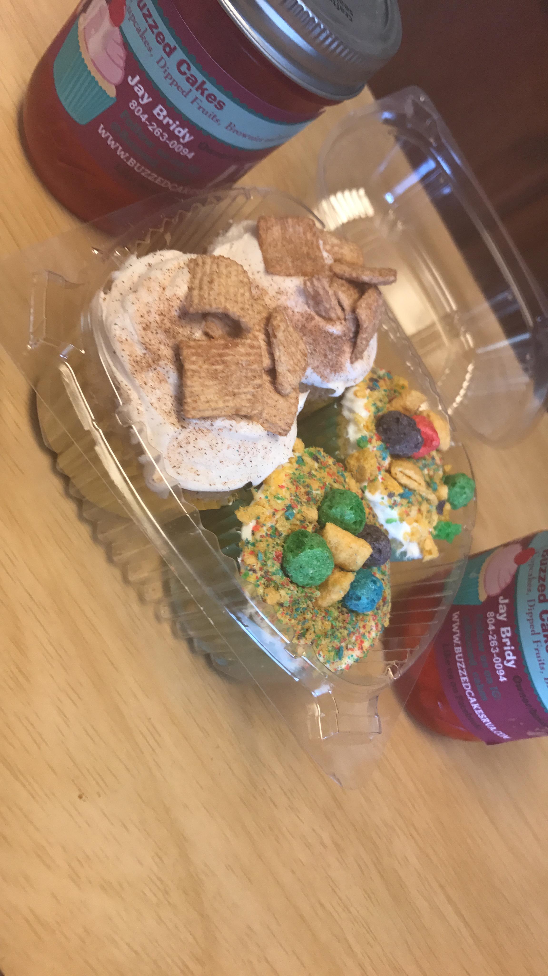 Mini Slushy & Cupcake Combo