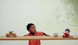 O menino e os brinquedos