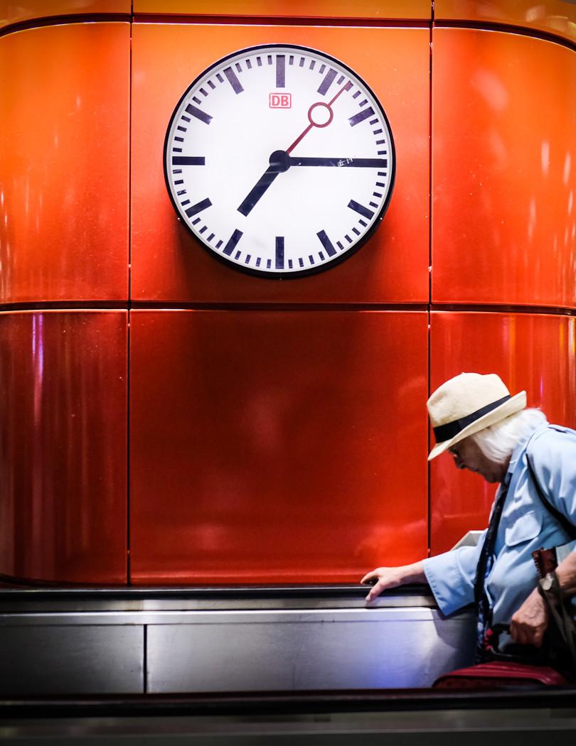 Munich station clock