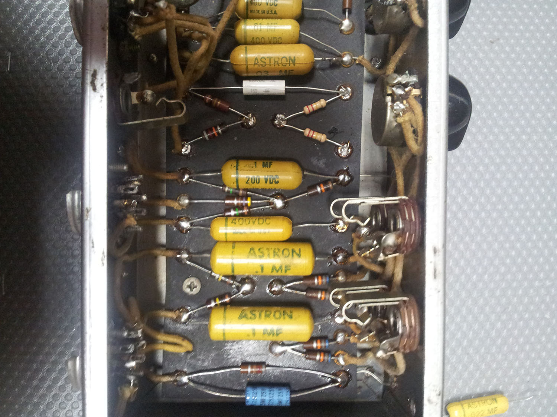 Vintage NOS Astron Coupling Cap .1-200 volt