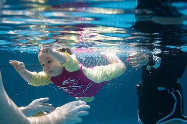swim lessons for babies in singapore