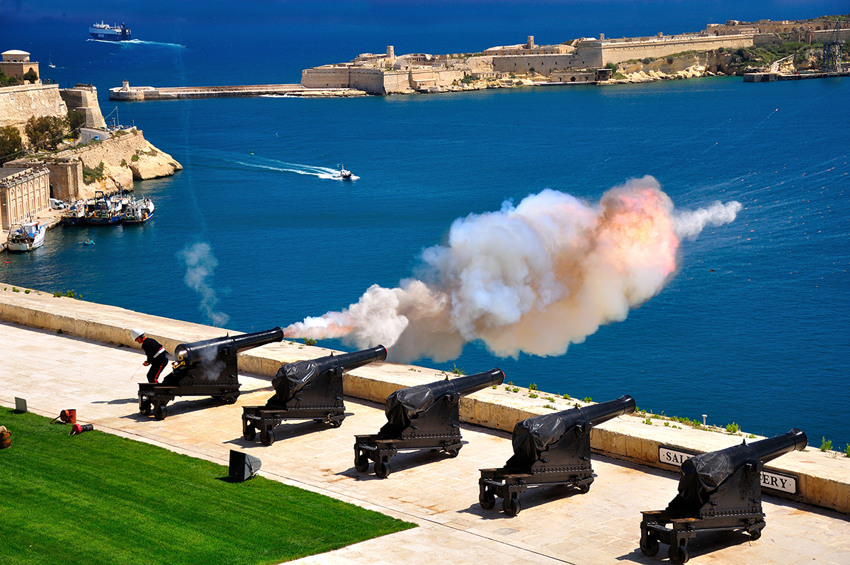 Valletta Cannon.jpg