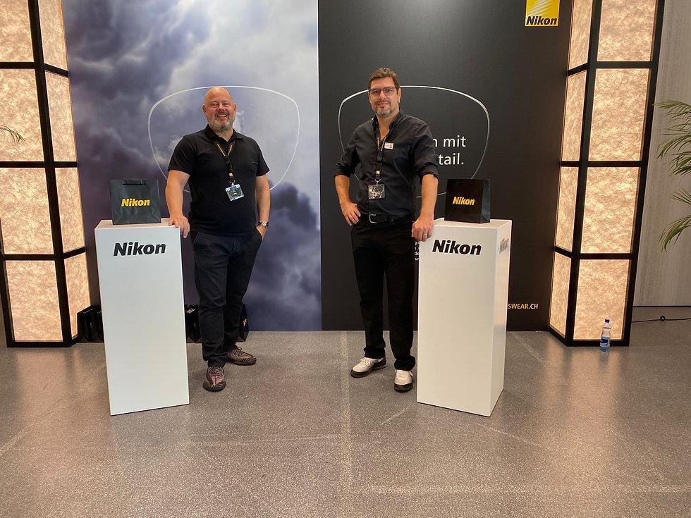 Nikon Kopie.jpg