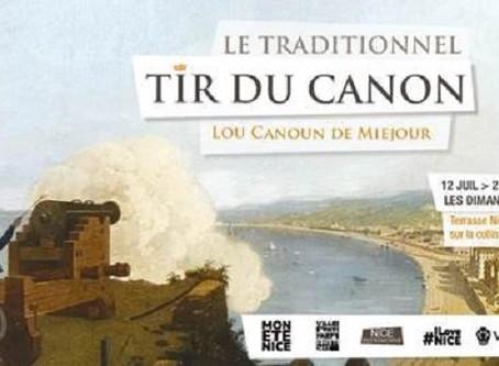 Venez découvrir une reconstitution théâtralisée du traditionnel tir du canon de midi à Nice