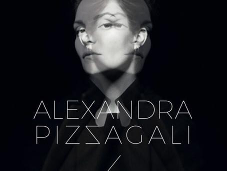 Alexandra Pizzagali à découvrir absolument sur TEVA . A ne pas manquer ce soir. à voir ou à revoir.