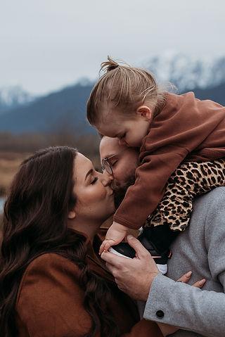 Kristyna Gorgun family sessions