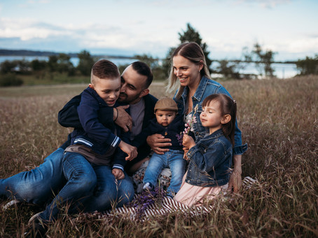 Chaldeos family | Blackie Spit Park | South Surrey family photographer