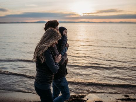 Stella | Iona Beach family lifestyle session | Vancouver family photographer