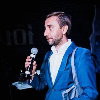 Денис Безлюдько
