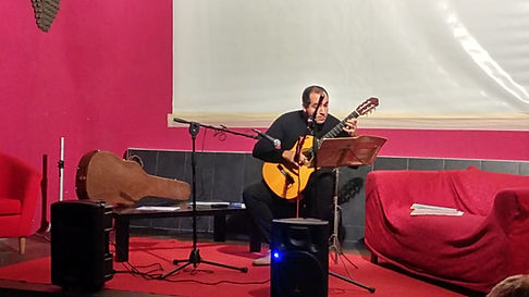 Concerto chitarra Alessadro Ferri a Manfredonia Progetti Futuri