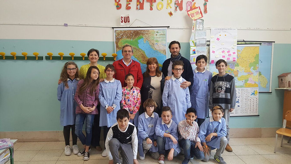 Progetto il giornale con lo zaino manfredonia news e progetti futuri scuola elementare de sanctis