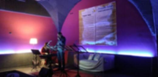 Ascoltando il empo spettcolo teatrale di Vittorio Ticarico