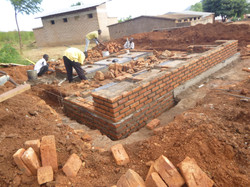 Building Toilets May 2014 (5)