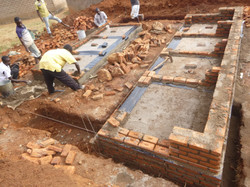 Building Toilets May 2014 (6)