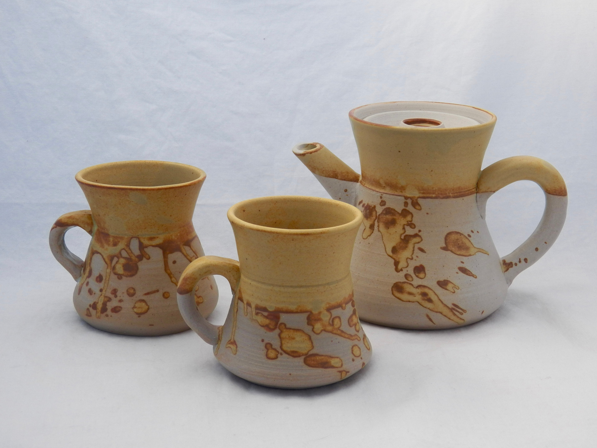 Golden Coffee Set with Bowls 2017