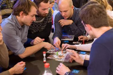 társasjáték kooperatív csapatépítés