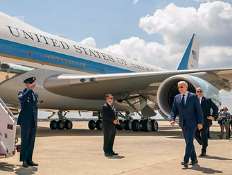 Biden Air force One.png