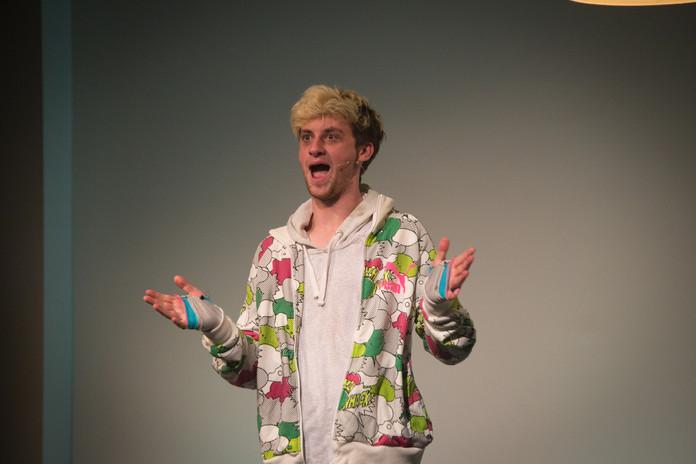 Daniel Lewis as Gregory