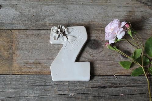 Lettera Z in ceramica gres con fiorellini - decorazione