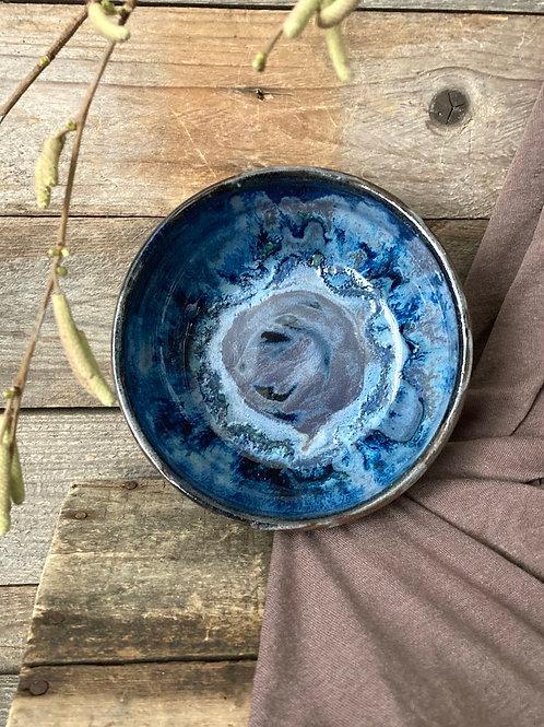 (07) Ciotola in gres nero con interno blu