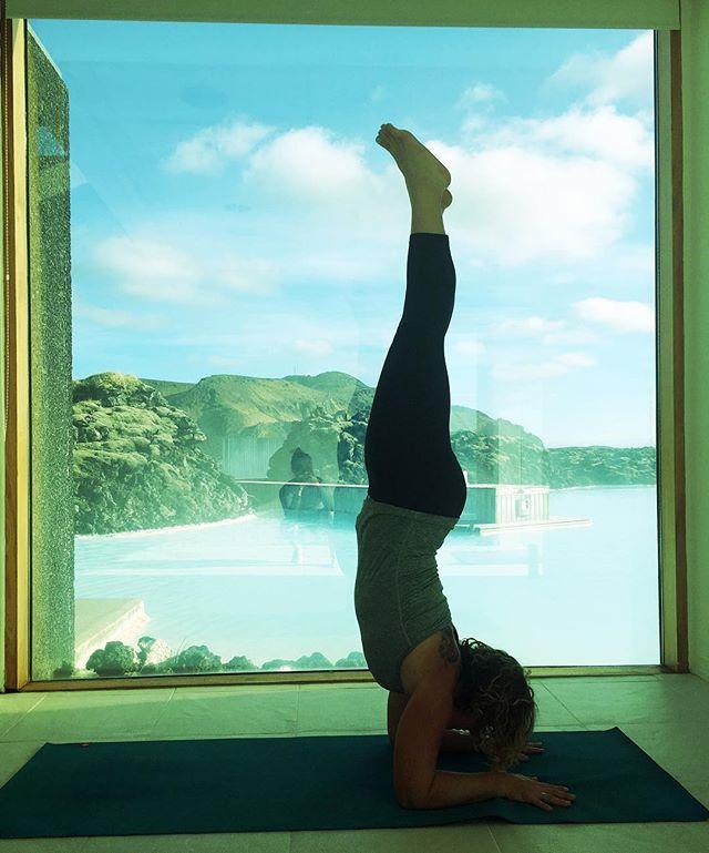 Pincha Mayurasana, Forearm stand_ The blue lagoon yoga room #elementaladventureyogaretreat #icelandy