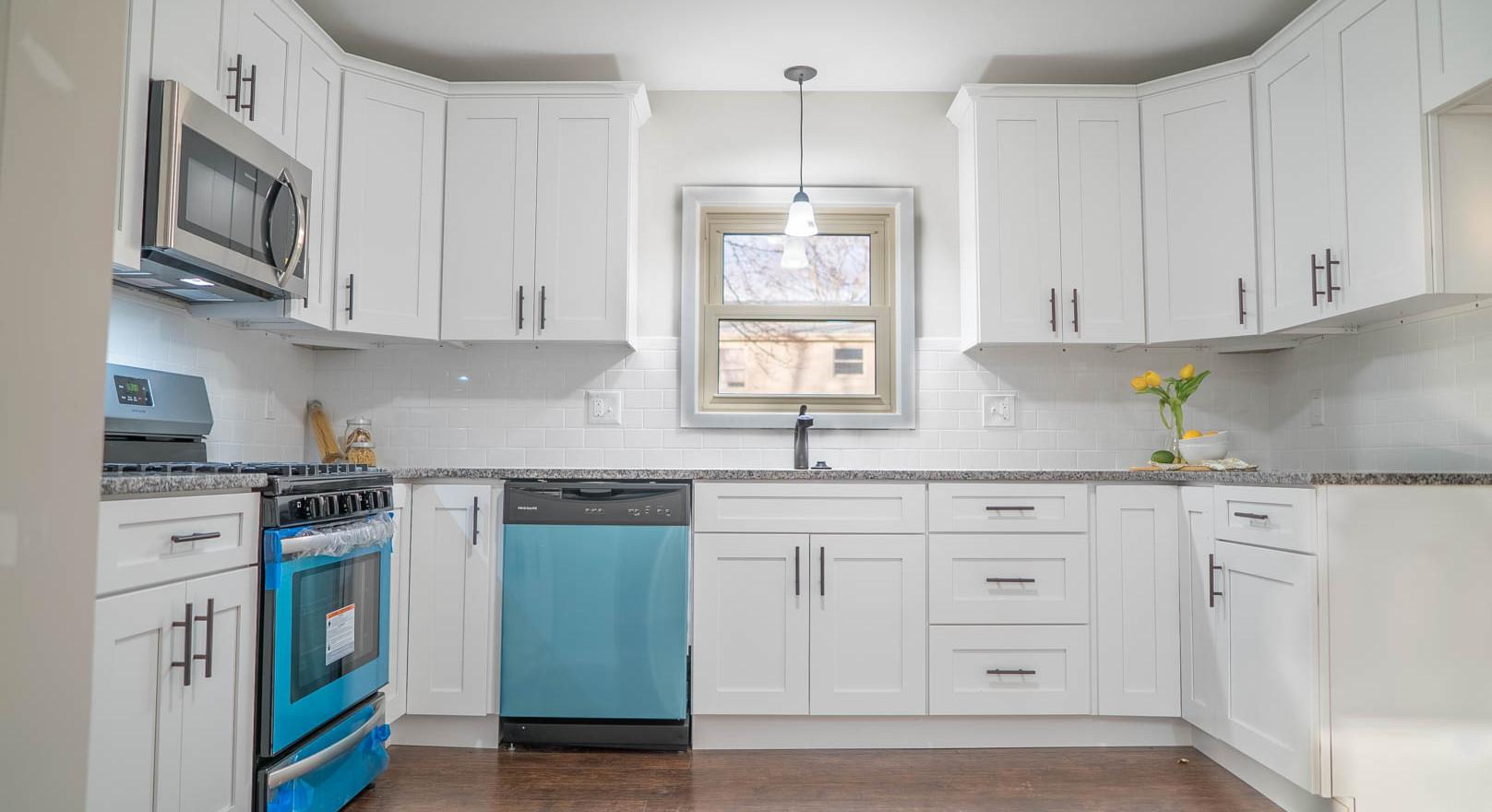 Kitchen #2.jpg