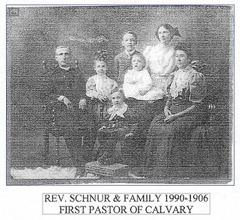 Rev. Schnur & Family 1906