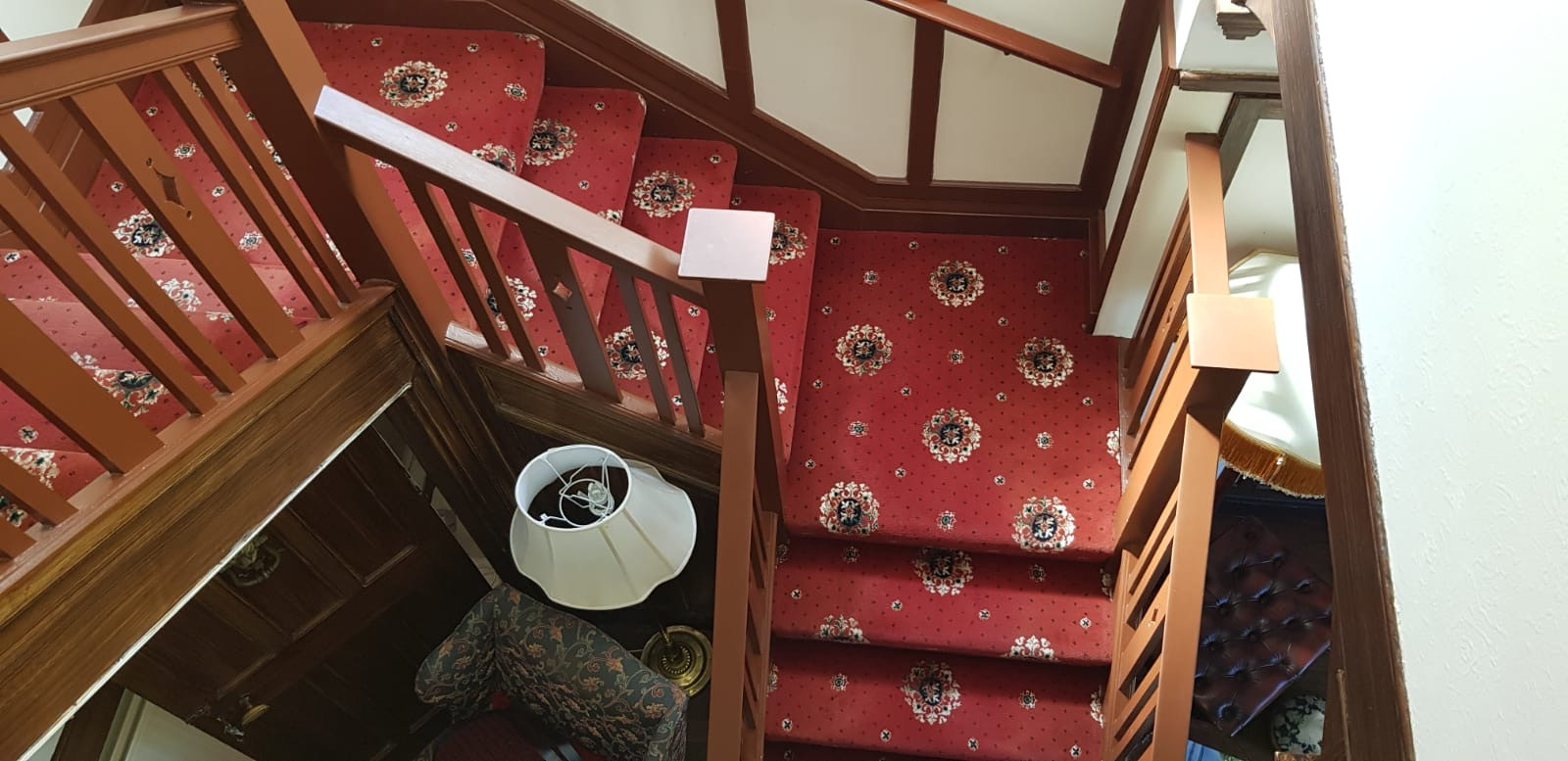 Main House Staircase.JPG