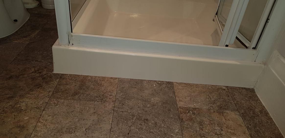 Room 2 Shower.JPG