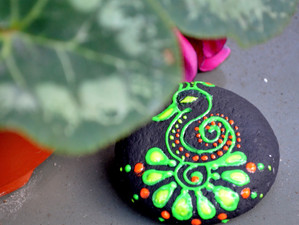 Painting on a natural canvas!! Rock/Stone painting in 10 different styles!!