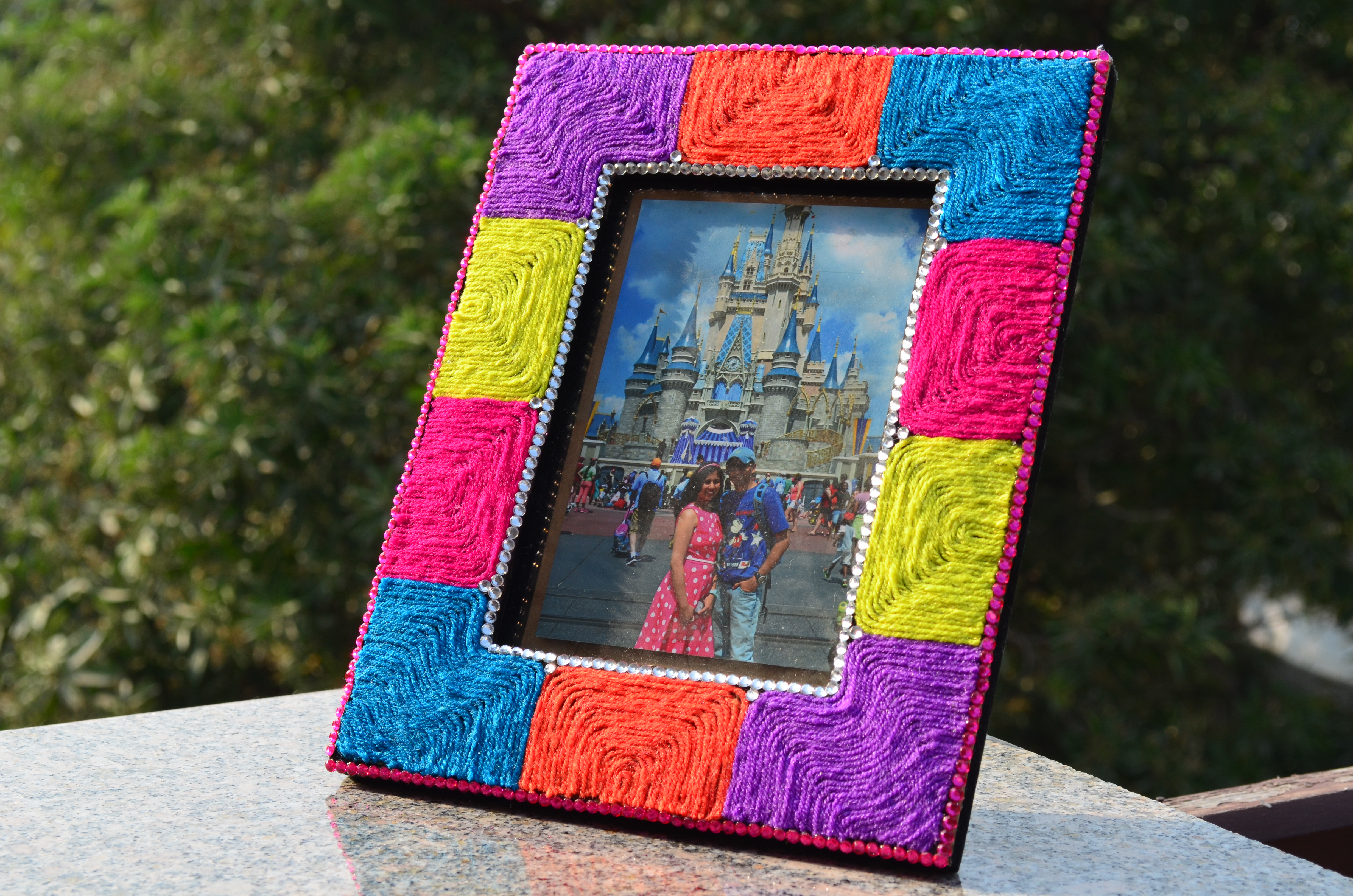 Yarn Photo Frame