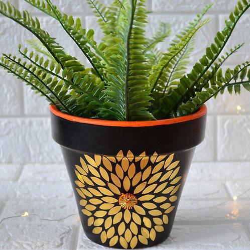 Terracotta pot decor - Gold leaf decor